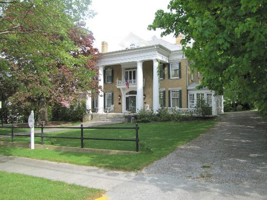Trinkle Mansion Bed & Breakfast: Trinkle Mansion