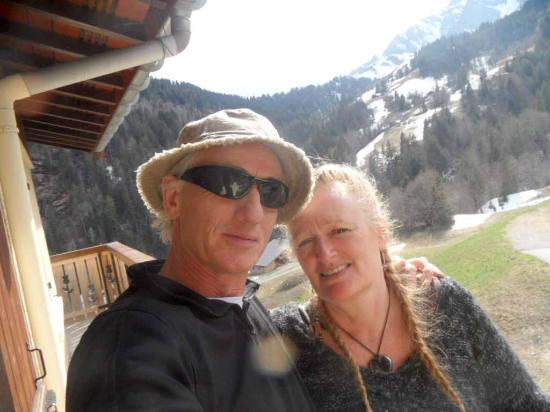 Chalet La Giettaz: On the balcony with Steve and Antonia x