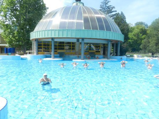 Swimming Pool Minerals : Mineral bath swimming pool park eger all you need to