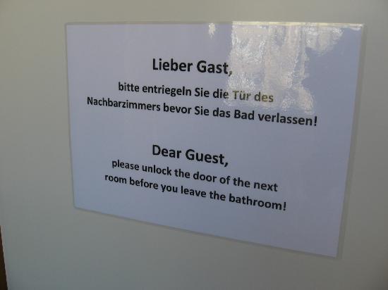 JGH Berlin: bagno condiviso
