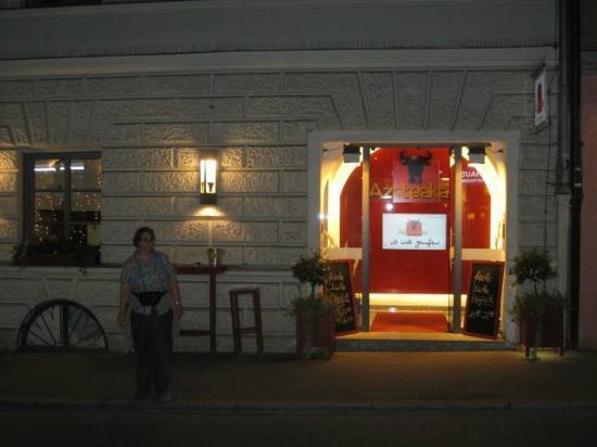 Azsteakas: Front Entrance