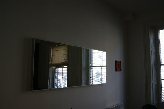 Hawksley House: Lounge