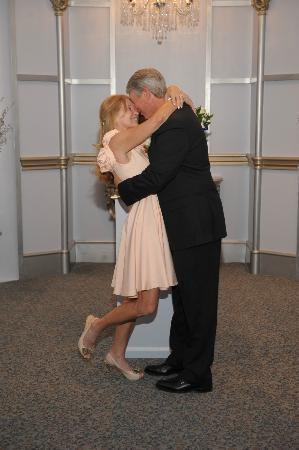 Paris Las Vegas Wedding Chapel: Our First Married Kiss