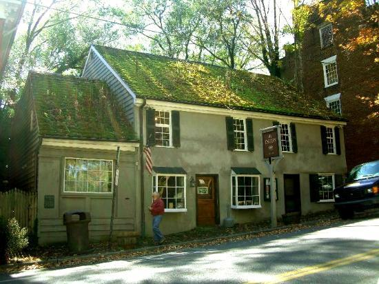 The Tavern on Main St in Abingdon, VA since 1779