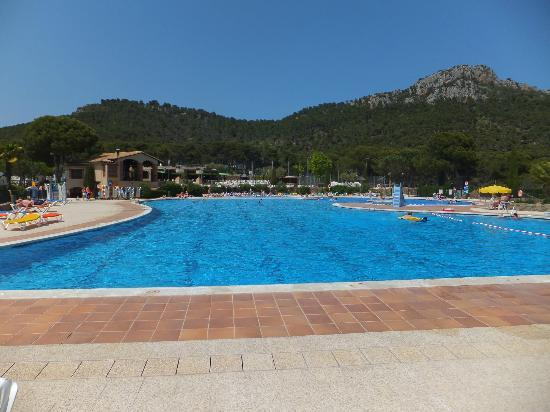 Camping Castell Montgrí: Castell Montgri pool