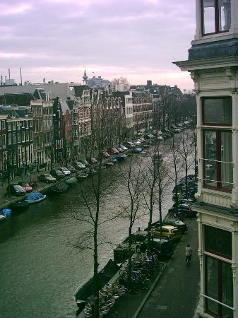 Dikker & Thijs Hotel : View of canal