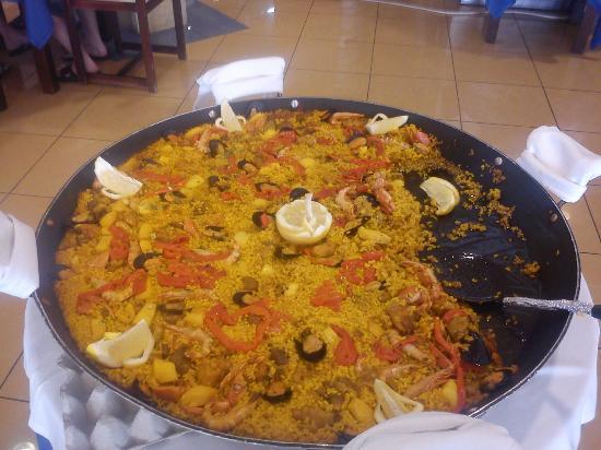 Nereida Aparthotel : meal
