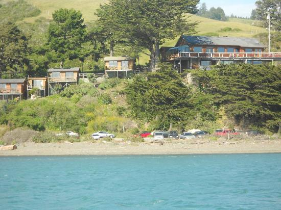 River's End Resort: View of River's End Restaurant and Cabins from Goat Rock Beach