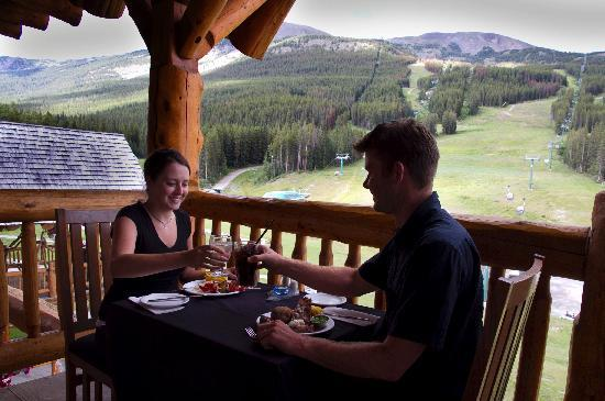 Lodge of The Ten Peaks: Summer Dining
