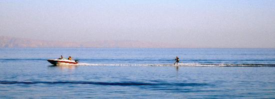 Poseidon Watersports: Waterskiing