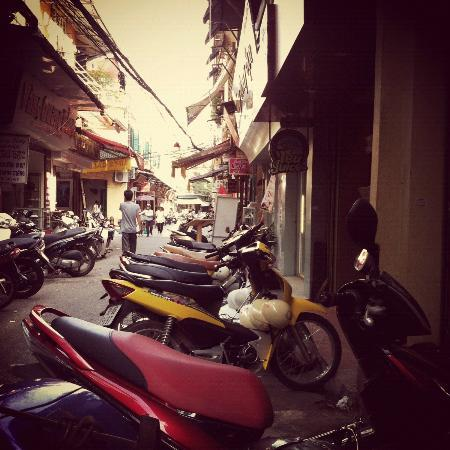Vietnam Awesome Travel: Old Quarter, Hanoi