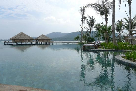 Song Saa Private Island: Infinity Pool