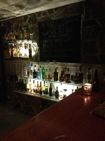 Ledges Hotel: the glass bar