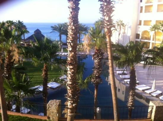 Hilton Los Cabos Beach & Golf Resort: View from third floor room