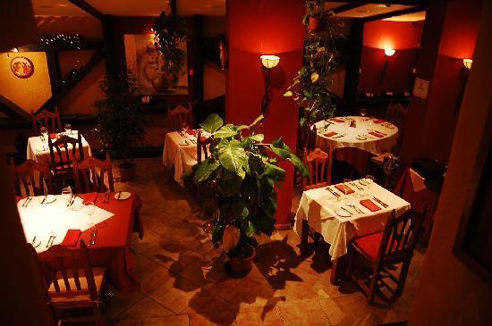Cala Luna Restaurant: inside
