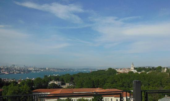 Agora Life Hotel: topkapi / golden horn from the terrace