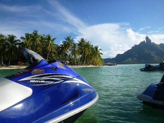 Moana Jet Ski: Taking a break.