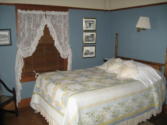 Carole's Bed & Breakfast Inn: Room