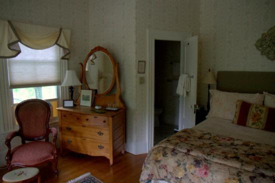 Blackberry Inn: Room