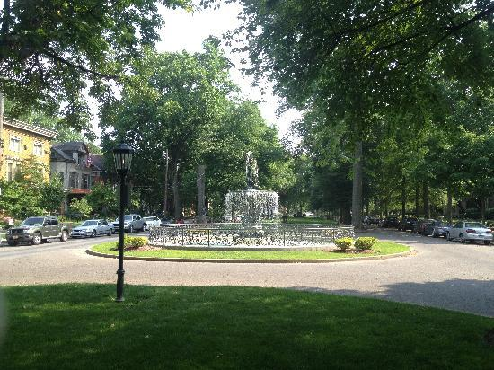 Old Louisville: A park in the middle of the 1400 Block of St.James Court