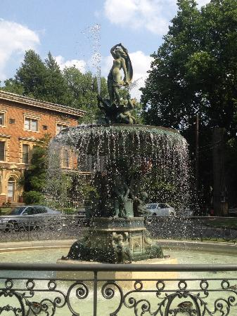 Old Louisville: The Fountain in St.James Court