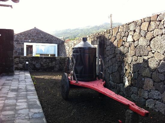 A Casa do Ouvidor: Vue de l'extérieur de l'ensemble.