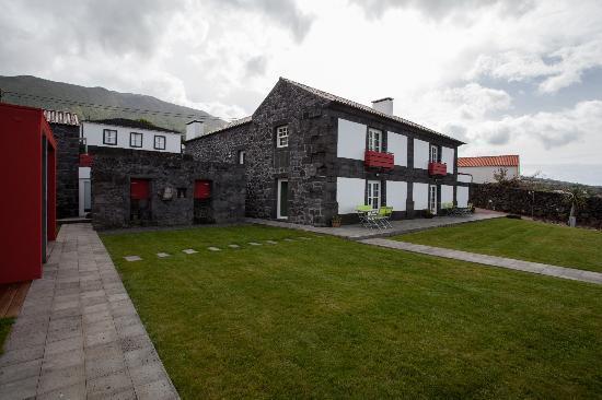 A Casa do Ouvidor: Maison de la Terre et  Maison de la Mer