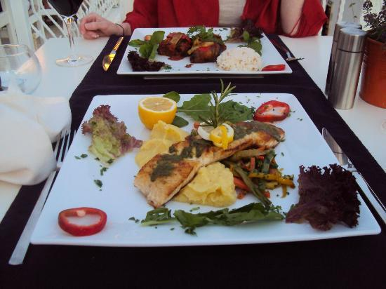 Agora Restaurant : Main meals