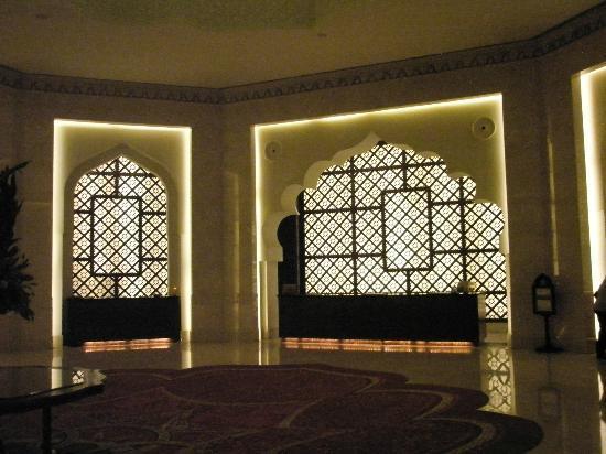 Shangri La Barr Al Jissah Resort & Spa-Al Bandar: inside the hotel