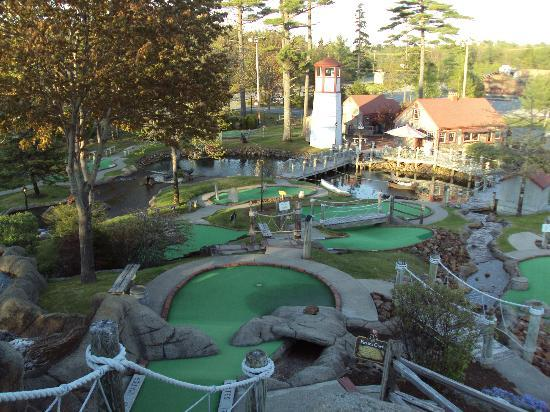 Pirate's Cove Miniature Golf: View from high on the course