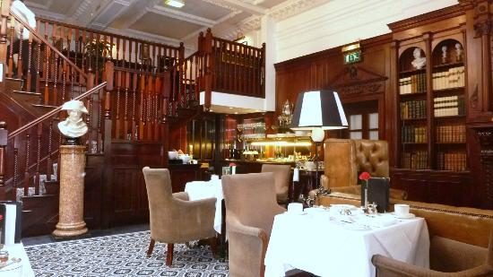 Hotel 41 : Executive Lounge