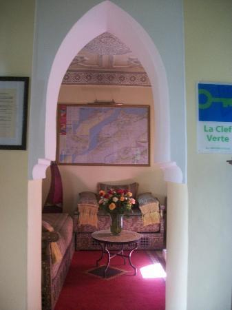 Riad Lena & SPA: Le salon à l'entrée du riad