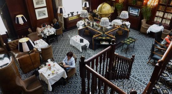 Hotel 41: Executive Lounge