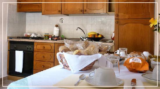 Bed and Breakfast Cenerente: cucina riservata