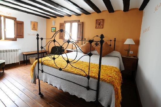 Casa Rural Colmenares: HABITACIÓN 2