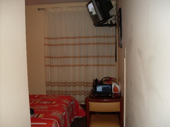 Hotel Las Palmas: La habitación