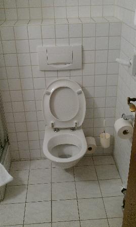 Hotel am Westend: Les toilettes