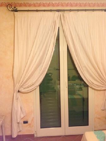 Baia Samuele Hotel Villaggio: camera da letto