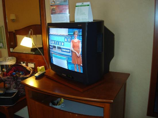 Holiday Inn London - Elstree: Big TV