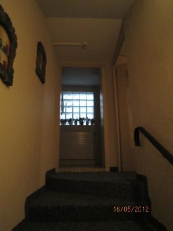 Hotel Blume: Escadar em direcao ao quarto