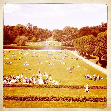 A sunny day in Frederiksberg Have