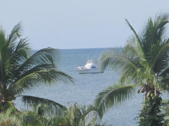 Royal Decameron Beach Resort, Golf & Casino : yatch used for deep sea fishing