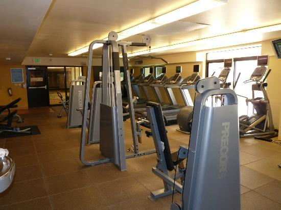 DoubleTree by Hilton San Jose: Gym area