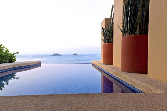 Capella Ixtapa: Pool
