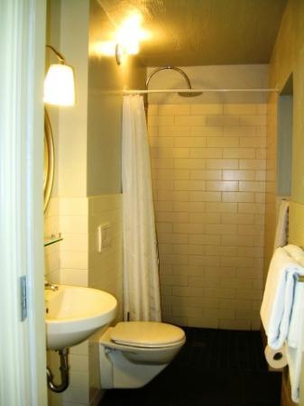 Reykjavik Residence Hotel: WC
