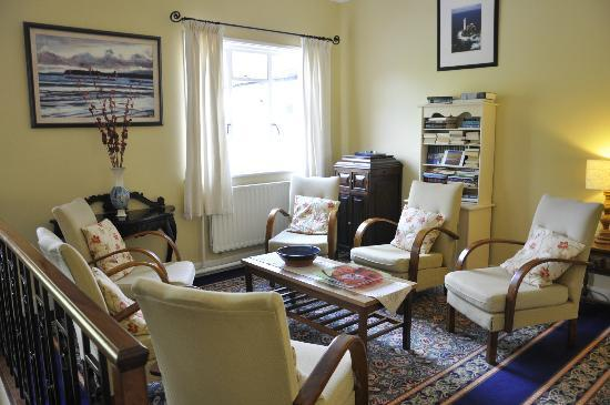 Gougane Barra Hotel: 1 of 2 spacious sitting rooms