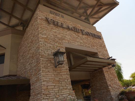 Village Tavern Scottsdale: Village Tavern