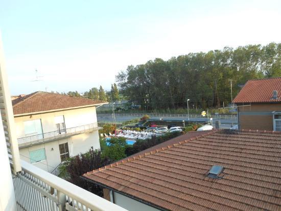Hotel Crystal: la vista sulla piscina