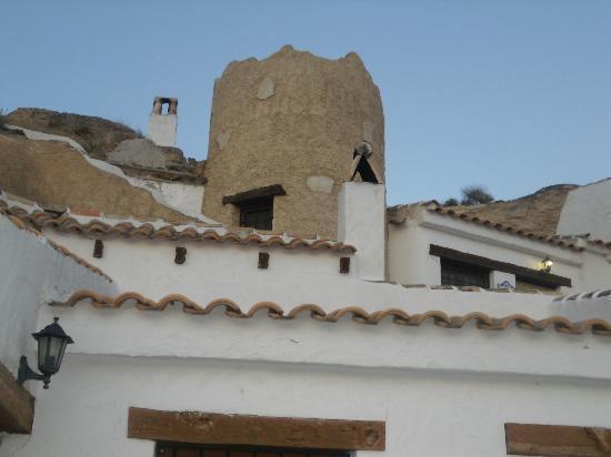 Cuevas La Atalaya: Exterior