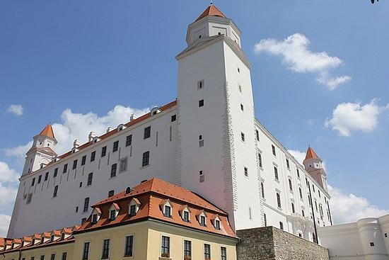Be Free Tours - Bratislava Free City Walking Tour